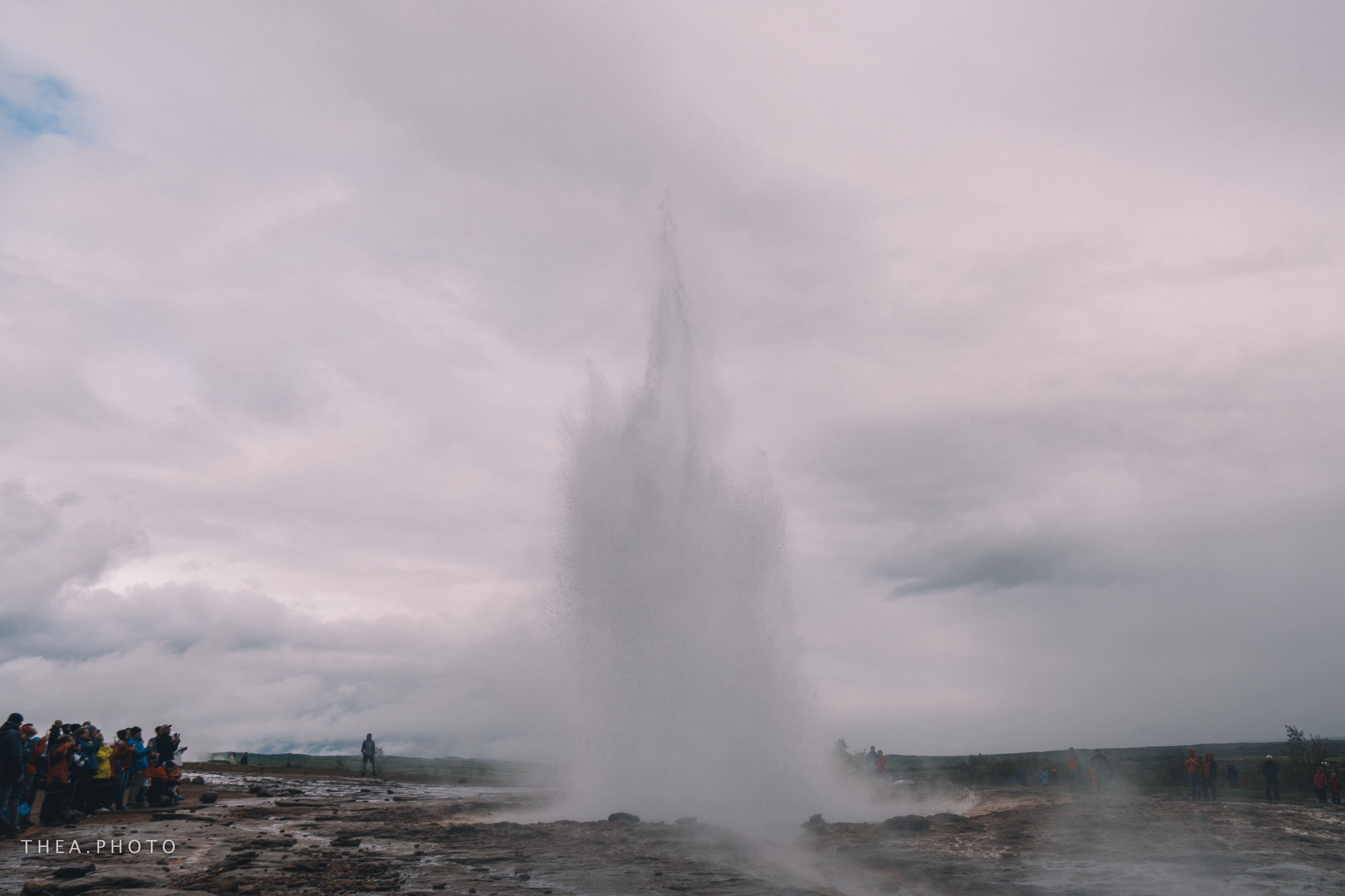 Eruption Strokkur, an active geysir